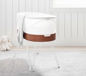 THE AMAZING SNOO BASSINET!!!