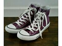 Ladies / Girls Converse All Star High Tops. Size 5.