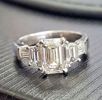 3.00 Ct Emerald Cut Diamond Engagement Ring Baguette & Trapezoid F,VS1 GIA Plat