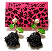 Betsey Johnson Tulip