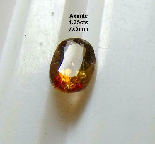 AXINITE, 1.35cts, EXCELLENT GOLDEN RED BROWN COLOR, RARE, * NATURAL *, FREE SHIP