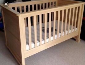 Mamas and Papas Horizons Cot Bed & Dresser