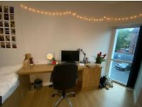 Single room available in a shared student house