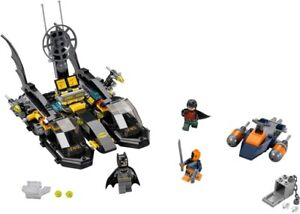 LEGO DC 76034 Batboat Harbour Pursuit 76044 Clash of Heroes