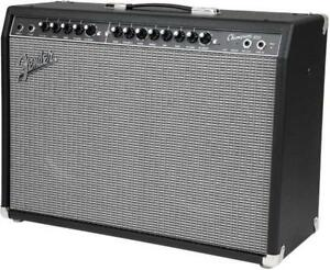 "Champion 100, Ampli avec effets  Two - 12"" Fender® Special Design Fender"