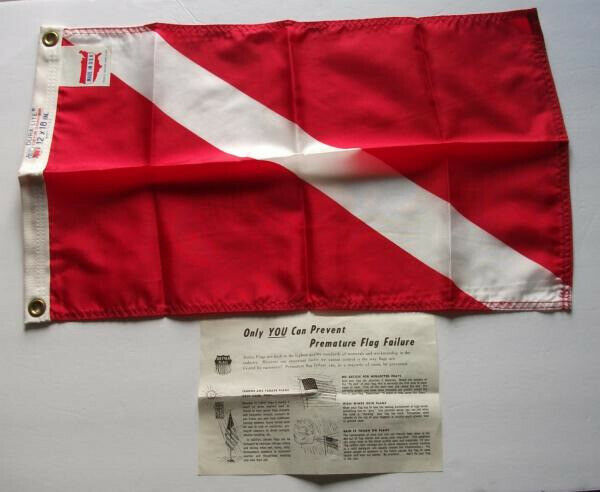 "VINTAGE 1972 DETTRA DURA - LITE SCUBA DIVING FLAG 12"" X 18"" INCHES"