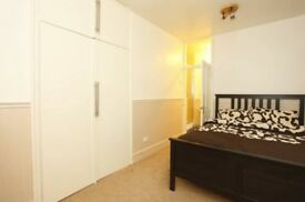 Large Double Ensuite Availabke in Purpose Built Block in St John's Wood