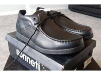 Sonneti Higgs Black Shoe Size 12 BRAND NEW Mens Boys Kids