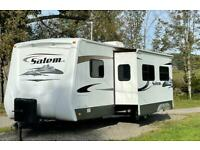 Stunning Salem travel trailer fixed 100% With bunks and small Toy hauler door...