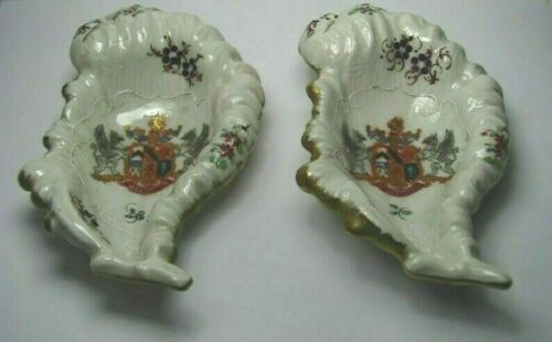 2 PAINTED PORCELAIN PLATES ARMORIAL SWEETMEAT DISHES by Bloch Paris France 1900s