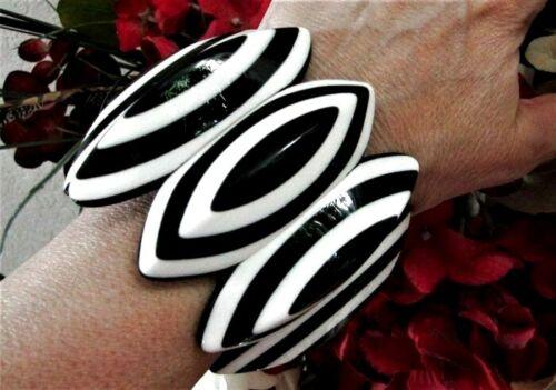 HUGE Runway Black White Resin Pointed Stripe Stretch Wide Bracelet WOW FACTOR
