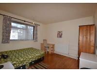 2 Double Rooms Immediately Available (Notbiton/Kingston)