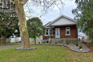 Beautiful 4 Bedroom Home For Rent Right off Walker Road Exit