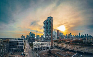 Spacious Downtown Waterfront Condos For Rent At Queens Quay E