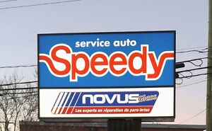 The BEST WINDSHIELD REPAIR/repair first, replace when necessary West Island Greater Montréal image 4