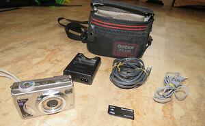 Sony CyberShot DSC-W5 Digital Camera