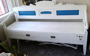 Huge painted primitive antique bench/couch with drawer Peterborough Peterborough Area image 2