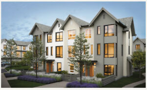 New Glenmore Townhouse 3 Bedrooms + Den