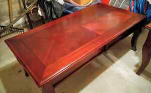 Wooden 3 pc Living Room table set, like new