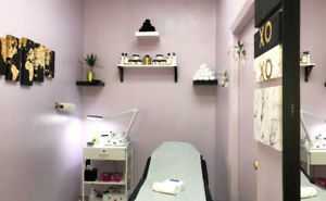 ALL GENDER WAXING AND THREADING/ ÉPILATION À LA CIRE ET AU FIL