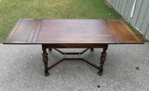 Antique Oak Dining Table *Delivery Available*