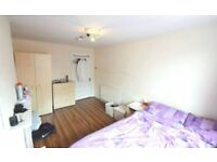 comfortable room in East London