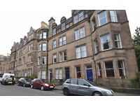 Beautiful two double bedroom top floor apartment in the Bruntsfield area of Edinburgh.