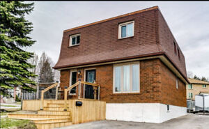 Oshawa Upper level house rental