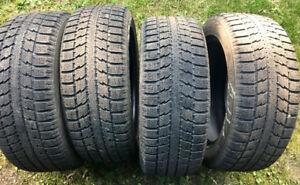 Très bon pneus sécuritaire  d'hiver TOYO OBSERVE 205 55 R16