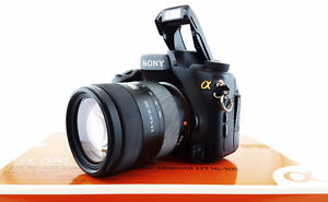 Sony Alpha A700 DSLR w/DT 16-105 Lens Kit