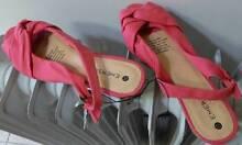 Ladies  Sz 10 Shoes NEW.  4 prs at $5.00 each & one pair at $3.00 Regents Park Auburn Area Preview