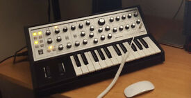 Moog Sub Phatty Analog Synthesizer Brand New