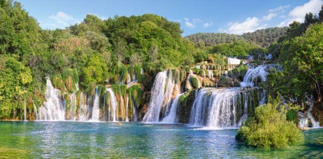 4000 Part Puzzle Krka Waterfalls Croatia Castor Land