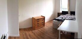 *** Splendid Double Room - Zone 2 - Greenwich area ***