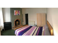 STUNNING ROOM AVAILABLE