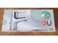 Italian Made Single Lever Basin Mixer Tap inc Pop up waste & 15mm pipe Kit - Brand New (2 available)