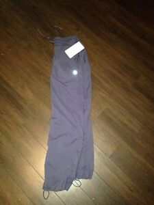AUTHENTIC LULULEMON STUDIO PANTS SIZE 6 NEW WITH TAGS