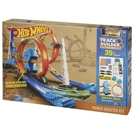 Brand new hot wheels track builder system