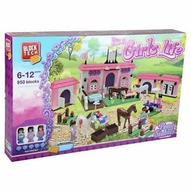 BRAND NEW BLOCK TECH IT'S A GIRL'S LIFE PONY STABLES 950 BLOCKS Large Set. Like Lego Friends !