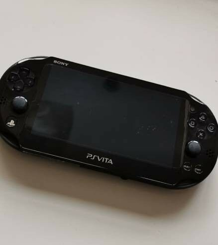 SONY PS Vita (PlayStation) PCH-2016 PSVita Good Condition with 8GB Vita  Memory Card + Charger OS3 65 | in Waterlooville, Hampshire | Gumtree