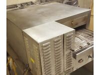 BLODGETT GAS CONVEYOR PIZZA OVEN reconditioned. 18 INCH BELT. MIDLANDS. Priced to sell