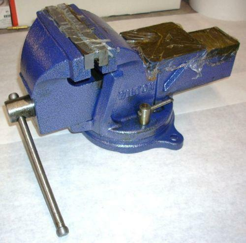 What Is A Bench Vise Used For: Bench Vice: Clamps & Vises