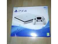 Sony PlayStation PS4 Slim 500GB Console - Glacier White.NEW