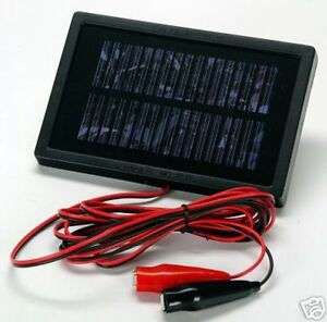 Solar-Trickle-Charger-Keep-your-12-volt-battery-ready-to-go-Car-Boat-Feeders