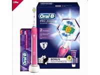 Brand New Oral B Pro 2000 pink electric toothbrush with 3D White Luxe Glamour Toothpaste