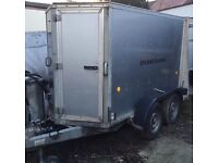 Petrol pressure washer and trailer