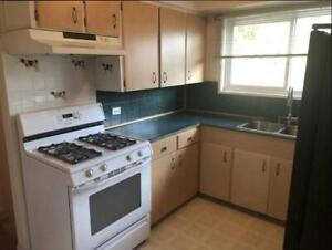 PERFECT HOME FOR A YOUNG FAMILY!! 3 bedroom 1 bath --$2200