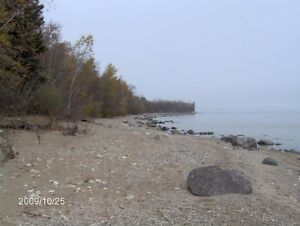 Gorgeous Lakefront Lot near Gimli.  PRICE REDUCED TO SELL!