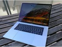 "2019 15.4"" Quad Core i7 Touch-Bar 2.2Ghz Apple MacBook Pro Retina Display 16GB Ram 251GB SSD"