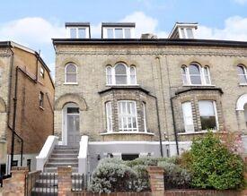 1 bedroom flat in Stanley Road, Teddington, TW11